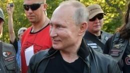 Путин посмотрел спектакль «Грифон» обистории Севастополя
