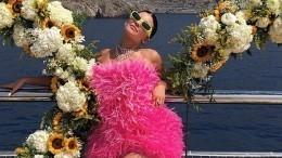 «Люблю тебя»: Ким Кардашьян трогательно поздравила сестру сднем рождения— фото