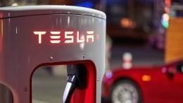 Водитель Tesla рассказал об«огненном» ДТП наМКАДе— видео избольницы