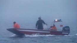 Видео: Рыболовецкий катер загорелся изатонул вЧерном море вблизи Джубги
