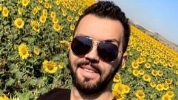 «НутыРембо!»: Денис Клявер восхитил фанатов, подняв наруки обоих сыновей— фото
