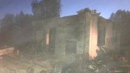 Шесть человек, втом числе двое детей, погибли впожаре вВологодской области