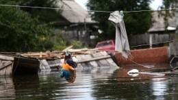 Непогода вРоссии: паводок вХабаровске, смерч вПетербурге ипожары вСибири