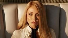 «Одно лицо!»: Ляйсан Утяшева опубликовала архивные снимки смамой