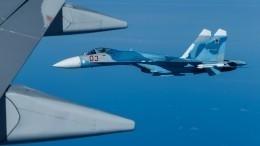 ВНАТО назвали небезопасным маневр сопровождавшего самолет Шойгу Су-27