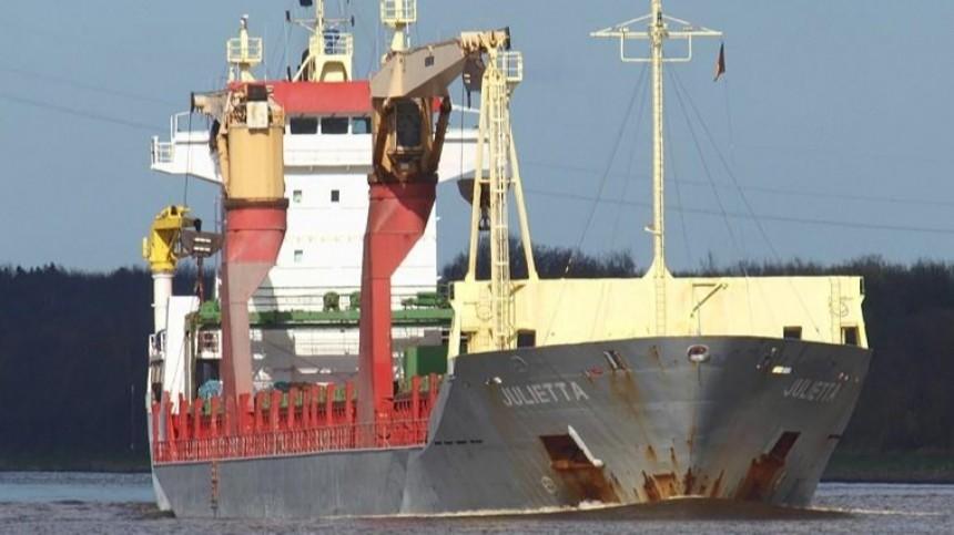 Уберегов Камеруна захвачены моряки изПетербурга, Владивостока иМурманска