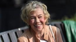 «Скем она останется?»: актер Смолкин переживает заосиротевшую внучку Назаровой