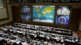 «Союз МС-13» сэкипажем отчалил отМКС для перестыковки надругой модуль