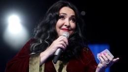 Лолита Милявская разрыдалась вовремя репетиции на«Новой волне»— видео