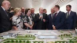«Замечательный подарок городу»: Путин осмотрел новый аэропорт Гагарин вСаратове