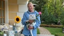 «Пытаются откормить»: Родные встревожены худобой Анастасии Волочковой
