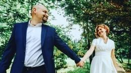 Видео свадьбы Елены Бирюковой иэкс-супруга Екатерины Климовой изЗАГСа