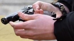 Мужчина открыл стрельбу надетской площадке вПетербурге