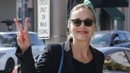 «Сказочная!» 61-летняя Шэрон Стоун показала стройные ноги— фото