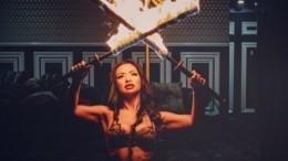Участница «Мисс обнаженная Австралия» устроила пожар, пытаясь впечатлить зал