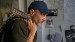 Двойника Сергея Шнурова застукали под Челябинском наворовстве— фото