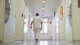 Беспечность или отрицание? Почему ВИЧ-инфицированная петербурженка кормила грудью