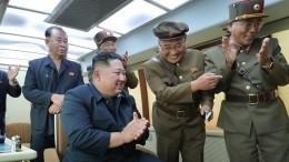 Новая страшилка оКНДР: Подлодка, стреляющая баллистическими ракетами