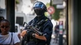 Один человек погиб, восемь пострадали при нападении сножом воФранции