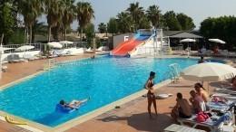 Пятилетняя девочка утонула вбассейне натурецком курорте
