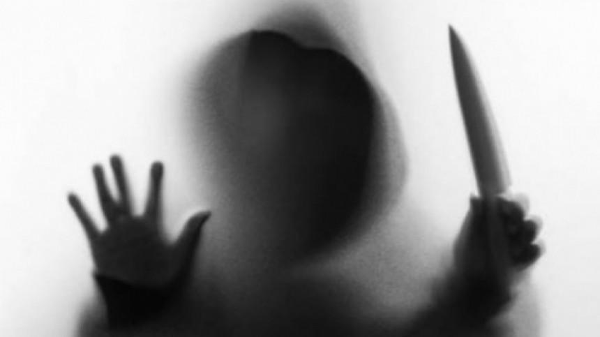 Истерзанное тело женщины вчемодане выкопали впарке Петербурга