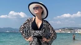 Нонна Гришаева поделилась архивным снимком сосвадьбы