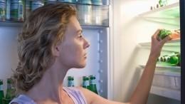 Диетологи советуют худеющим перекусывать перед сном