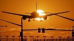 Самолет, летевший вПекин изВладивостока, развернули из-за тайфуна