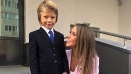 Юлия Барановская разбила губу мужчине насобрании вшколе сына