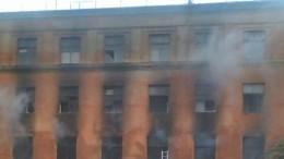 ВПетербурге выгорело здание бывшего ПТУ, готовившего кадры для Почты России