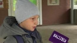 «Стильные прически нельзя»: Школьник изСосновоборска окритике вшколе— видео