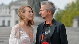 Деловые встречи, дуэль, венчание— как Собчак иБогомолов строили свое счастье