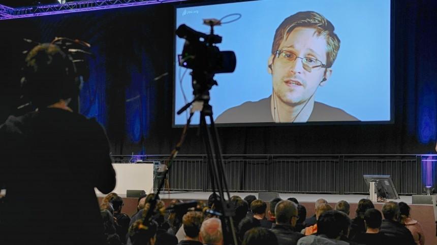 Эдвард Сноуден рассказал отайной свадьбе вРоссии
