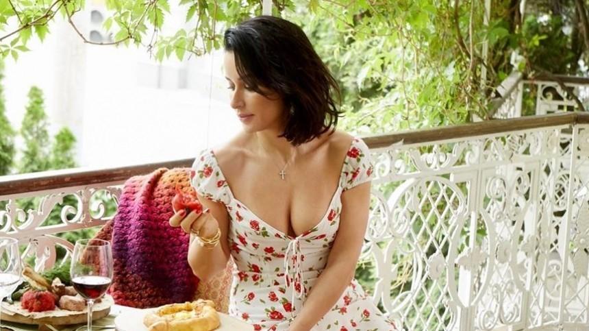 Тина Канделаки заменяет нерегулярный секс походом вфитнес-зал