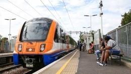 Пожилая пара обескуражила пассажиров поезда оральными утехами