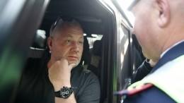Новое видео момента наезда Mercedes отчима Кокорина наногу журналиста