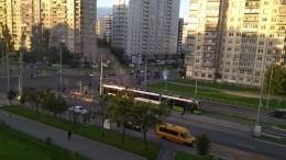 Видео: ВПетербурге загорелся частный трамвай «Чижик»