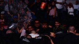 ВМехико турнир UFC завершился беспорядками— видео