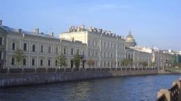 Противостояние ведомств: Суд обязал «Почту России» отреставрировать усадьбу Ломосова