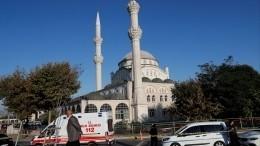 Мощное землетрясение вСтамбуле обрушило минарет мечети Хаджи Ахмета