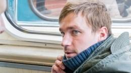 Александр Петров рассказал обинтимной сцене в«Тексте» Шипенко