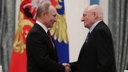 Владимир Путин выразил соболезнования всвязи сосмертью Марка Захарова