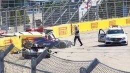 Видео: Гонка «Формулы-2» вСочи остановлена из-за аварии сучастием Мазепина