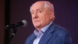 Театр осиротел: В«Ленкоме» скорбят обушедшем Марке Захарове