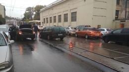 Из-за плохой погоды пробки вПетербурге достигли восьми баллов