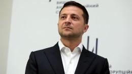 «Капитуляции небудет»: Зеленский исключил выборы вДонбассе вприсутствии военных
