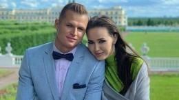Жена Тарасова объяснила, зачем ейпособие попсихологии отношений