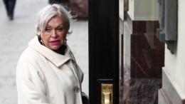 Вдова Караченцова возмущена решением «Ленкома» отложить вечер памяти актера