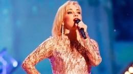 «Патрисия Каас, только лучше!»— Буланова порадовала поклонников стильным фото