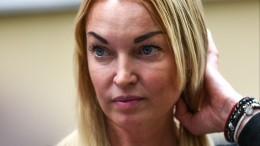 Дана Борисова поссорилась сАнастасией Волочковой, назвав ее«алкоголичкой»